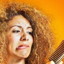 Saç Dökülme Nedenleri ve Önlemenin Yolları