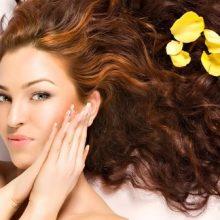Kadınlarda Saç Dökülmesini Önleme Yolları